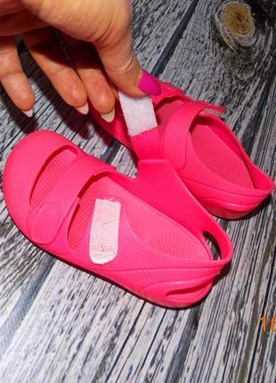Фирменные кроксы для девочки, размер 254 фото