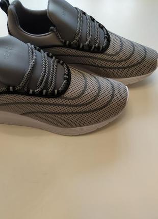 Стильные мужские кроссовки pull&bear4 фото