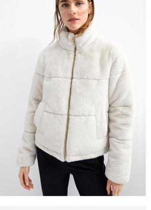 Шуба искусственная zara оригинал куртка курточка белая молочная