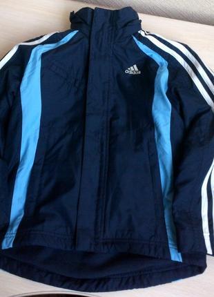Фирменная куртка на мальчика adidas. 7-8лет.