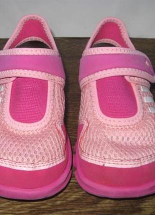 Закрытые босоножки (сандалии)  adidas р.24 оригинал.3