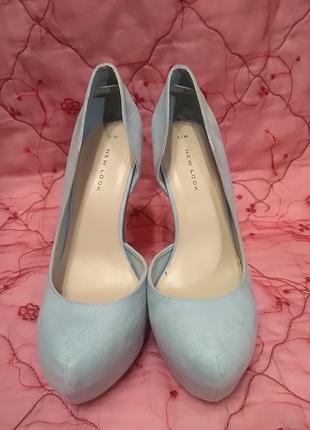 Туфли небесного цвета на высоком каблуке new look р. 38