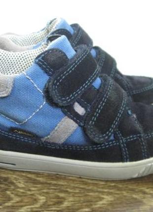 Демисезонные ботинки superfit gore tex р.25
