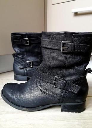 Кожаные демисезонные полусапожки / ботинки