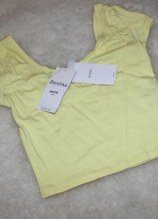 Кроп топ, футболка, желтая от bershka