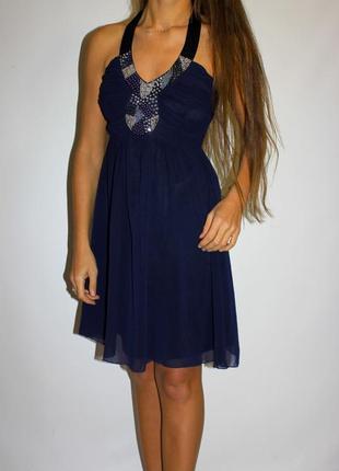 Нарядное шифоновое платье (грудь обшита бисером и паетками )