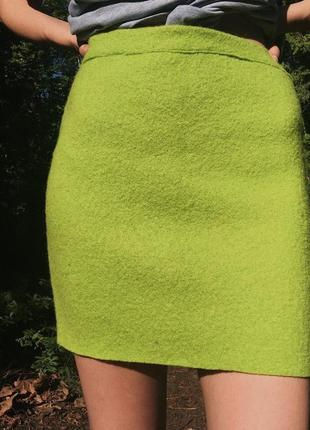 Яркая фактурная юбка