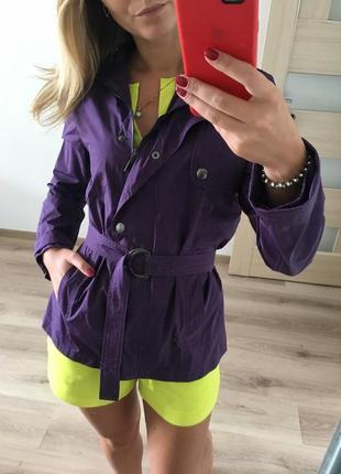 Итальянский качественный фиолетовый плащ