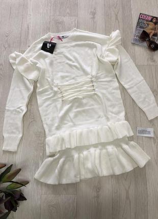 Платье молочного цвета by very с рюшами💫