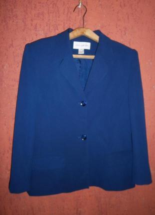 Шелк отличный  классический  жакет пиджак