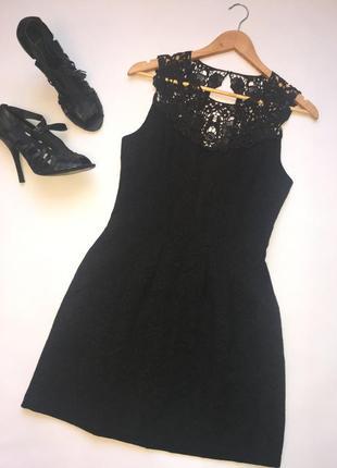 Стильное коктейльное платье с кружевом / чёрное платье