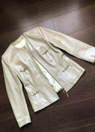 Шикарная кожанная куртка guyfulop