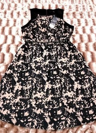 Очень красивое, дорогое платье с кармашками, 14 размер