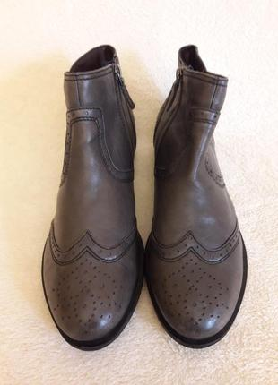 Стильные кожаные ботинки оксфорды фирмы tamaris ( германия) р. 39 стелька 25,5 см