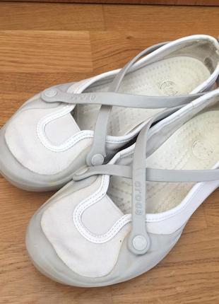 Балетки crocs белые мокасины эспадрилье w6 кроксы аквашузы