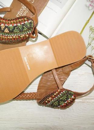 New look. индия. кожа. красивые босоножки, сандалии с отделкой из бисера2 фото