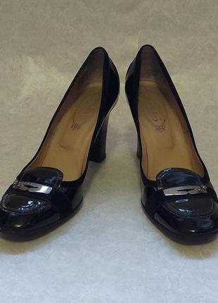 Туфли от люксового итальянского бренда tod's, 42 р.