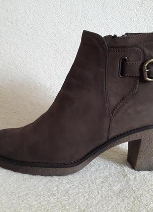 Стильные кожаные ботинки, ботильоны фирмы paul barritt р. 39 стелька 25,5 см