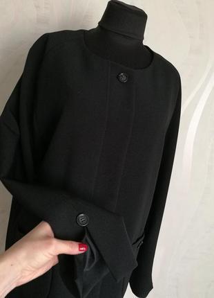 Идеально черный жакет пиджак легкое пальто