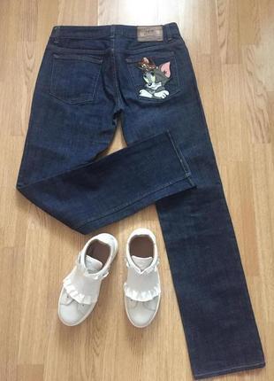 Обалденные джинсы высокого итальянского бренда. размер m