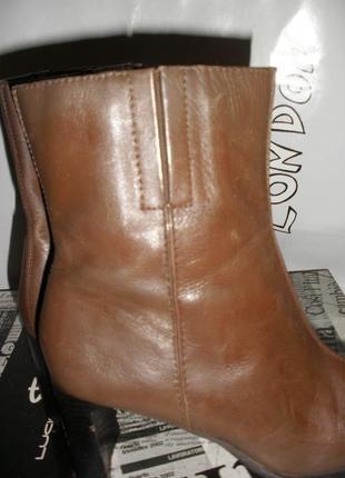 Отличные сапожки, полусапожки lilley & skinner на устойчивом каблуке