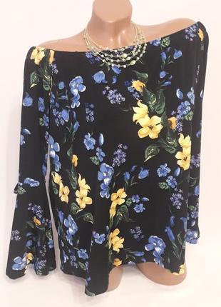 Трикотажная блуза в цветочный принт
