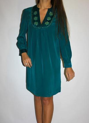 Шелковое платье с рукавами , грудь красиво обшита -- срочная продажа ! --