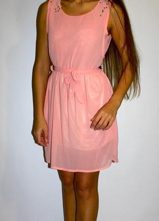 Розовое шифонвое платье -плечи красиво обшиты, -- срочная уценка платьев 300 ед --