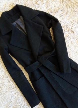 Базовое черное пальто миди