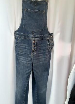 """Классный, крутой джинсовый комбинезон от известного немецкого бренда """"tom tailor""""."""