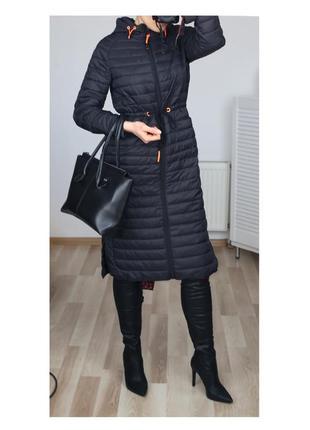 Нереальное пальто-куртка стеганая-дутая оверсайз,есть капюшон,зима-весна-осень,демисезон