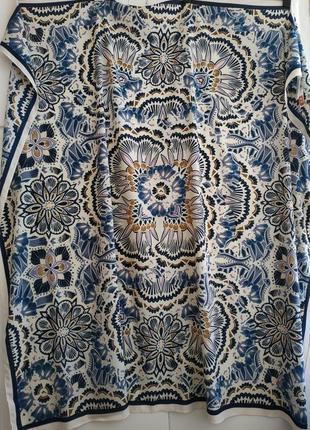 Большой платок h&m с принтом красивых цветов