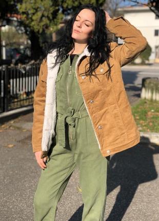 Шерпа утепленная вельветовая вельвет оверсайз пиджак с мехом