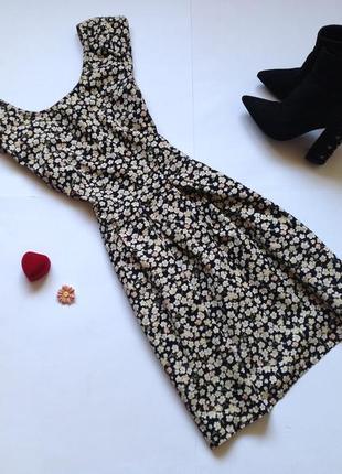 Платье с цветочным принтом. обнова! смотрите мои объявления!