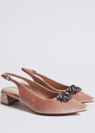 Новые шикарные бархатные туфли marks&spencer