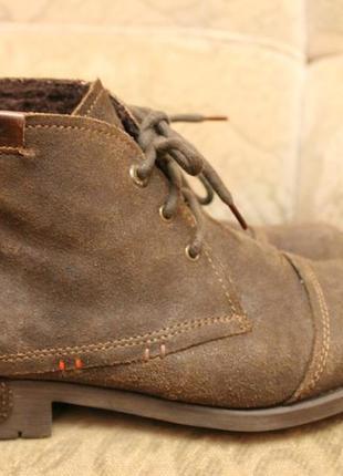 Зимові черевики bugatti