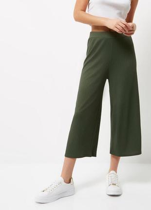 Актуальные брюки бриджи кюлоты
