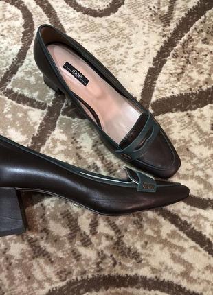 Туфли на толстом каблуке натуральная кожа 38р