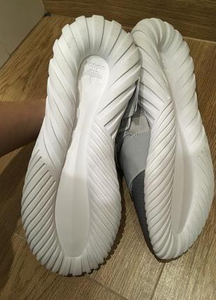Кроссовки adidas 43. оригінал!!!3