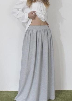 Стильная длинная юбка макси в пол из трикотажа