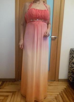Красивое шифоновое платье расшито камнями. размер 10.