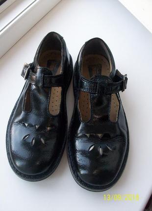 Туфли школьные clarks originals
