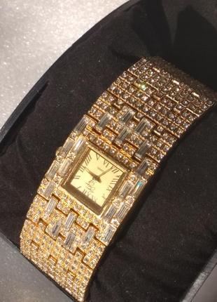 Suzanne somers ,часы винтаж,новые.