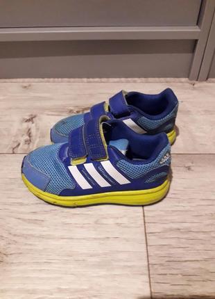 Кроссовки adidas р.26 стелька 16,5см