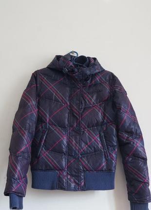 Куртка-пуховик женская april evil