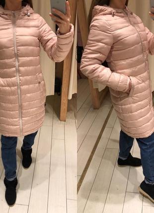Пудровое весеннее пальто с капюшоном стеганая куртка house есть размеры