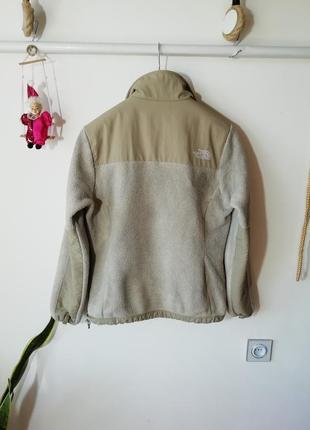Тепленькая флисовая куртка the north face6