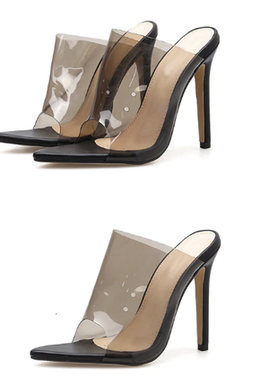 Модные прозрачные  шлепки  из новой коллекции неоновой тренд сезона