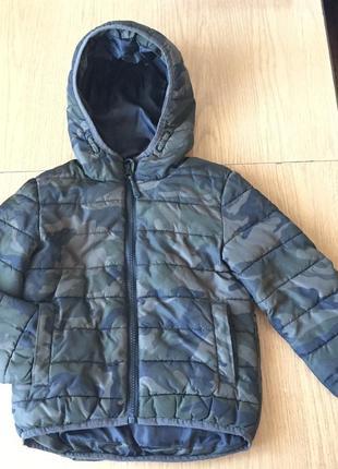 Куртка деми камуфляж стеганая с капюшоном