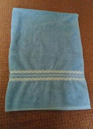 Большоне банное полотенце 132 на 92см